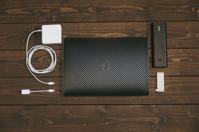 MacBookとバッテリー