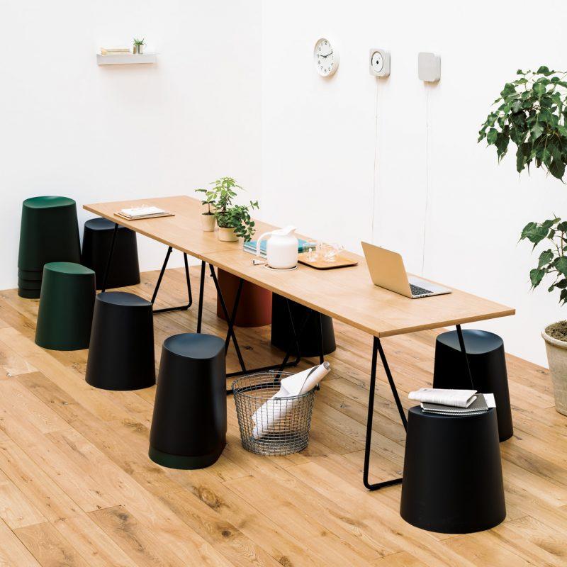 オーク材テーブルの使用例