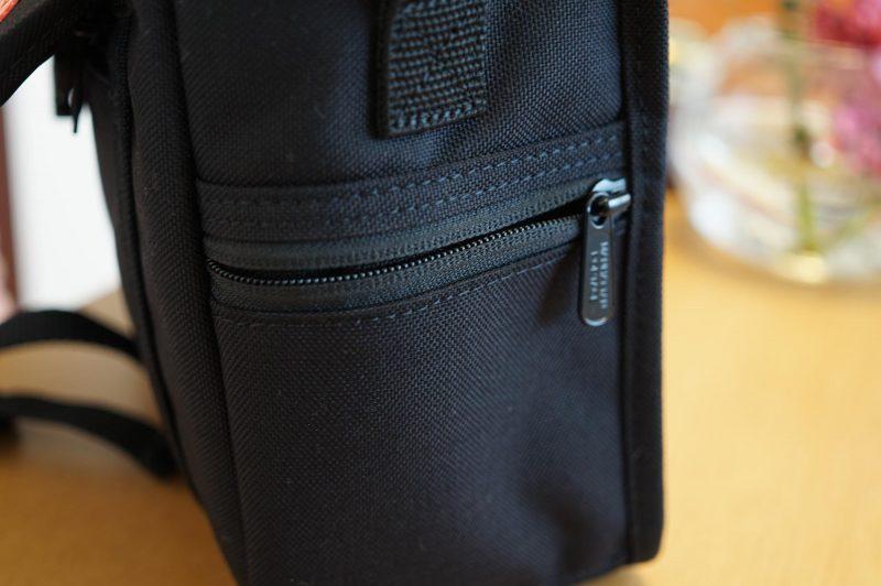 カメラバッグサイドポケット