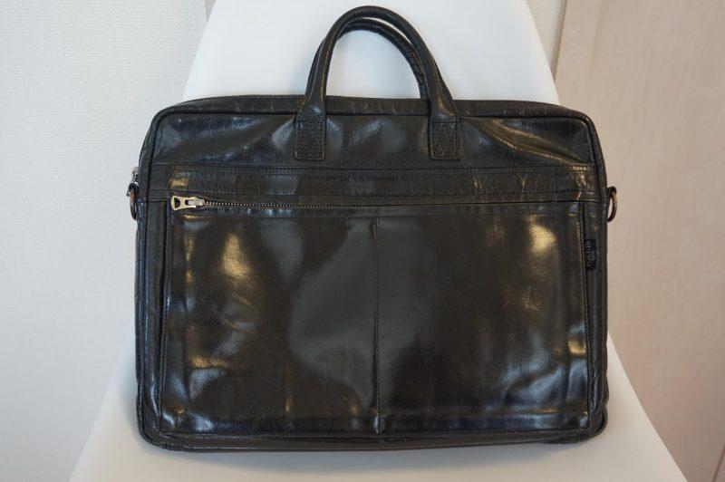 ポーターの革製ビジネスバッグ
